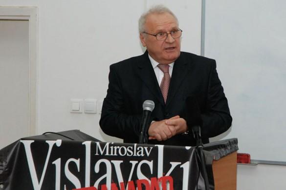 Мирослав Виславски на промоциї своєй кнїжки