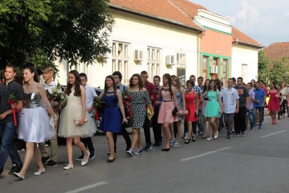 У крстурској Школи испраћени матуранти, ученица генерације Тереза Будински
