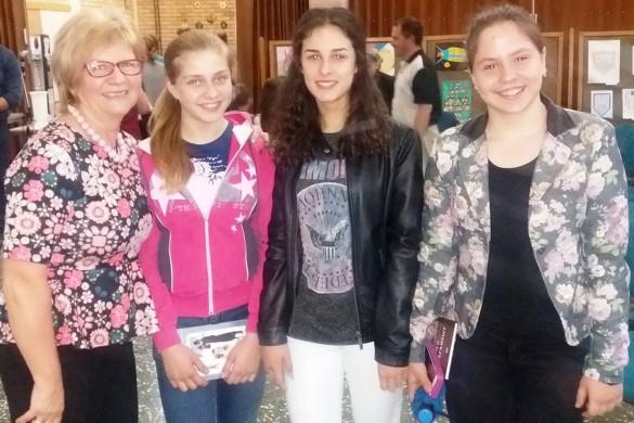 """Преславена 160-рочнїца """"Петефи бриґади"""", визначена и настава по руски"""