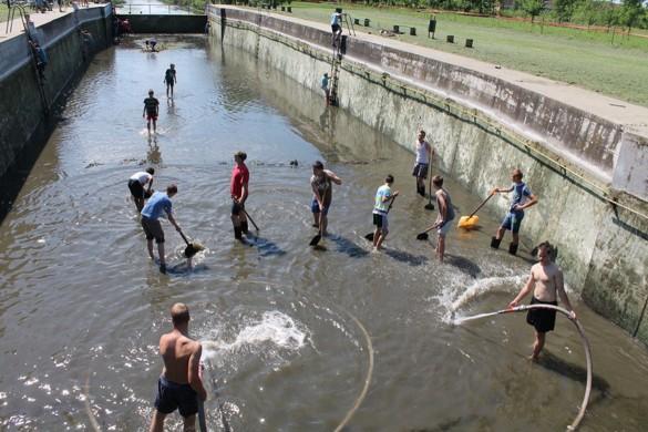 Очисцени керестурски базен
