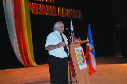 04-05 kongres Djura Papuga