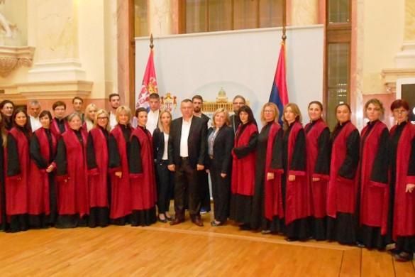 """Хор """"Розанов"""" шпивал гимну у Народней скупштини"""