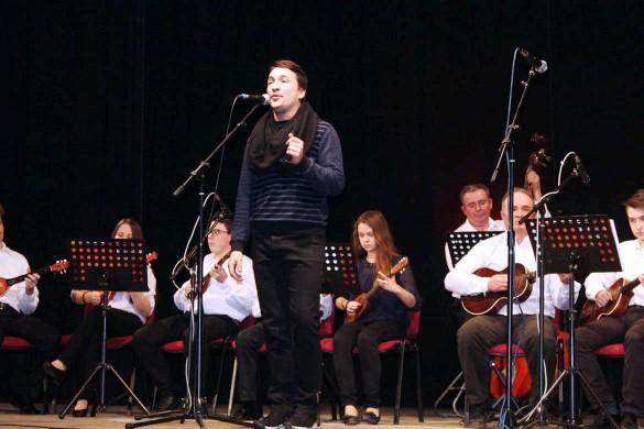 Афирмованє младих шпивачох и з окремним концертом