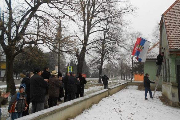 Руска застава на трох местох у Дюрдьове