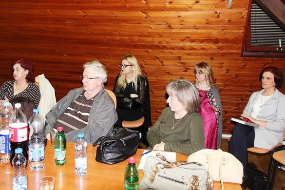 Будзе ше робиц на леґализованю школованя штредньошколцох з України у нашей Ґимназиї
