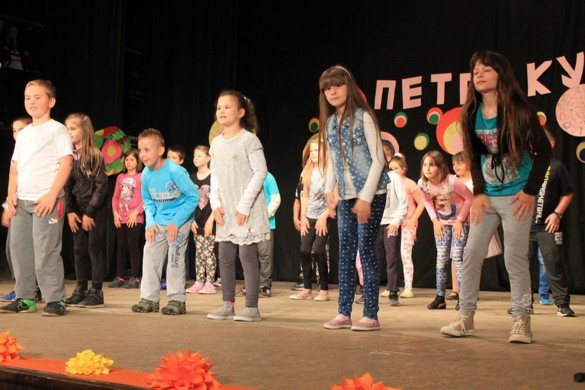 Шветочна програма з нагоди Дня школи