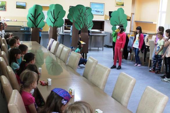 Керестурска Школа привитала будуцих першокласнїкох
