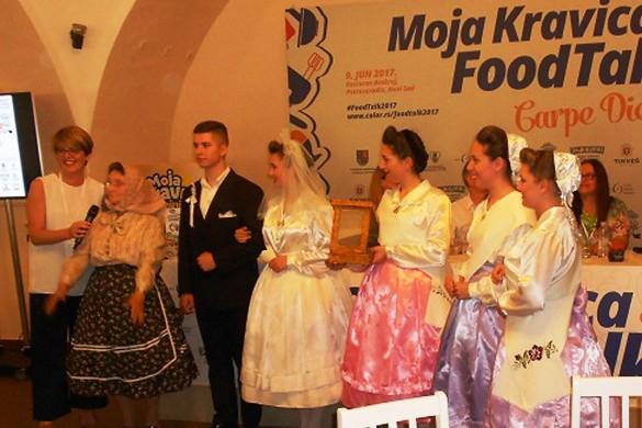 Дюрдьовчанє представели часц свадзебних обичайох
