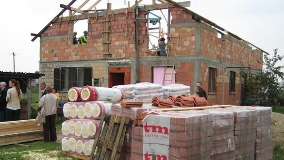 gradjevinski-materijal-kuca-gradnja-materijal-legalizacija-urbanizam-jpg_660x330
