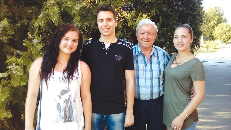 21 Joakim Edelinski z unukami