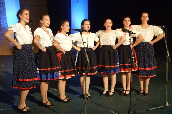 Руски дружтва на Фестивалє фолклорних традицийох Войводини