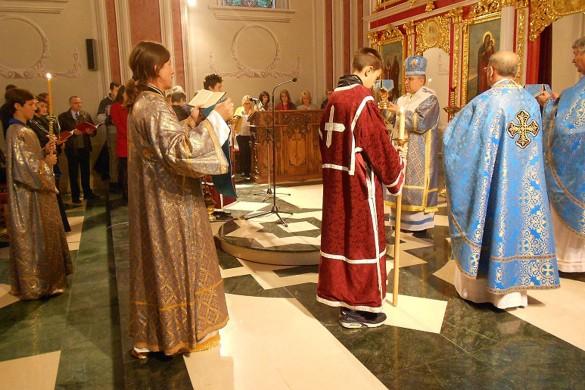 Владика Георгий на Кирбай у Дюрдьове Задрепка пошвецел за священїка