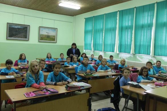 25.09.2017.- Skola-uniformi 001