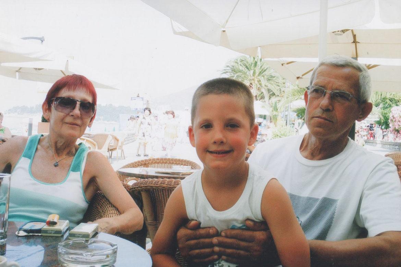 Свеново родичи з унуком Марком