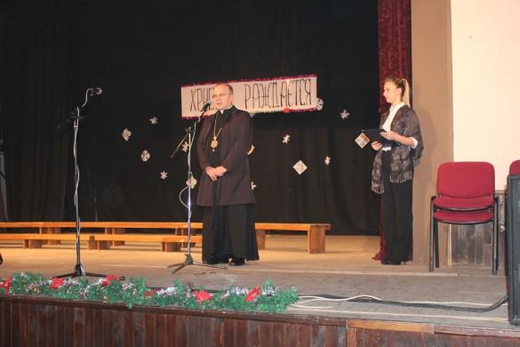 Шветочна атмосфера на Крачунским концерту