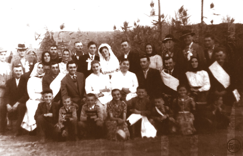 Пред шейсцома децениями у Иванових, Фитькошових, була велька свадзба