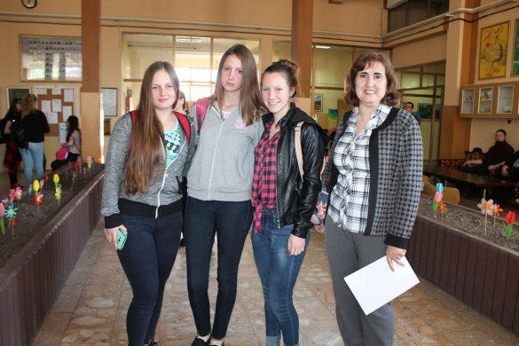 На Републичним успишни школяре з руских школох