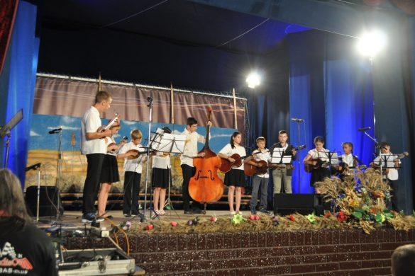У Доме култури бул Концерт младих шпивачох и тамбурашох