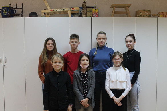 Дзевецеро рецитаторе по руски пласовали ше на Покраїну